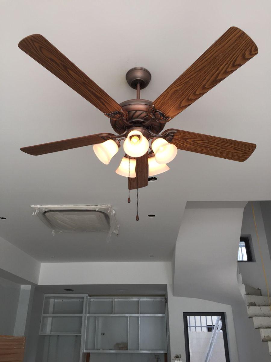 Đánh giá quạt trần có đèn cho chung cư